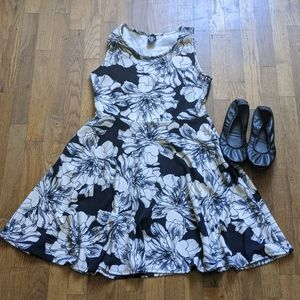Agnes & Dora fit and flare dress